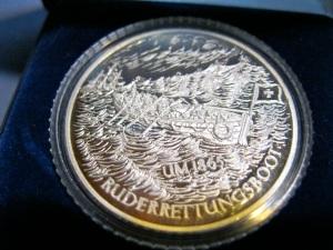 Revés: Medalla del Deutsche Gesellschaft zur Rettung Schiffbrüchiger.